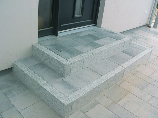 Treppe aus Pflaster