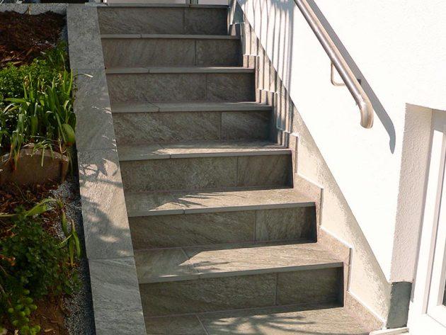 Neue Fliesen auf Terasse und Treppe